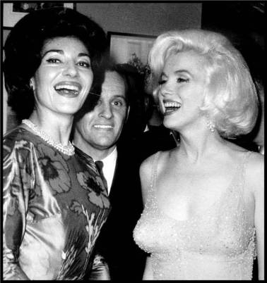 jfk-and-marilyn-monroe-happy-birthday-591