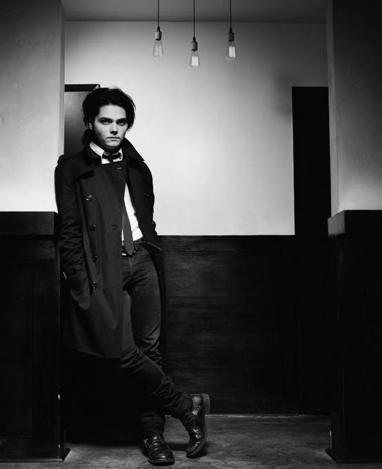 Gerard Way; B/W Silhouette