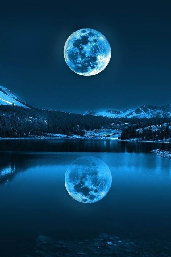 a beaut blu moon