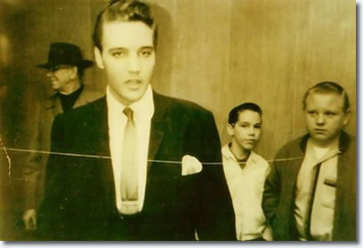 Elvis 1962_march_9_ellis_auditorium