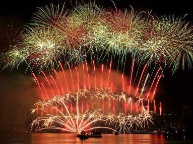 16-sydney-nye-2012