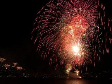 22-sydney-nye-2012-fireworks