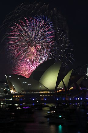 25-fireworks-sydney-9pm