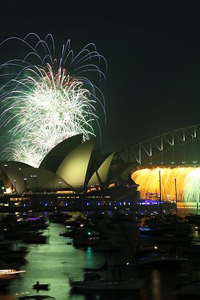 26-fireworks-sydney-9pm