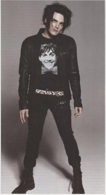 Gerard Way 2a