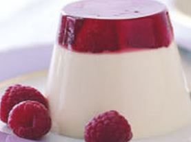 Vanilla Panna Cotta w Berry Jelly