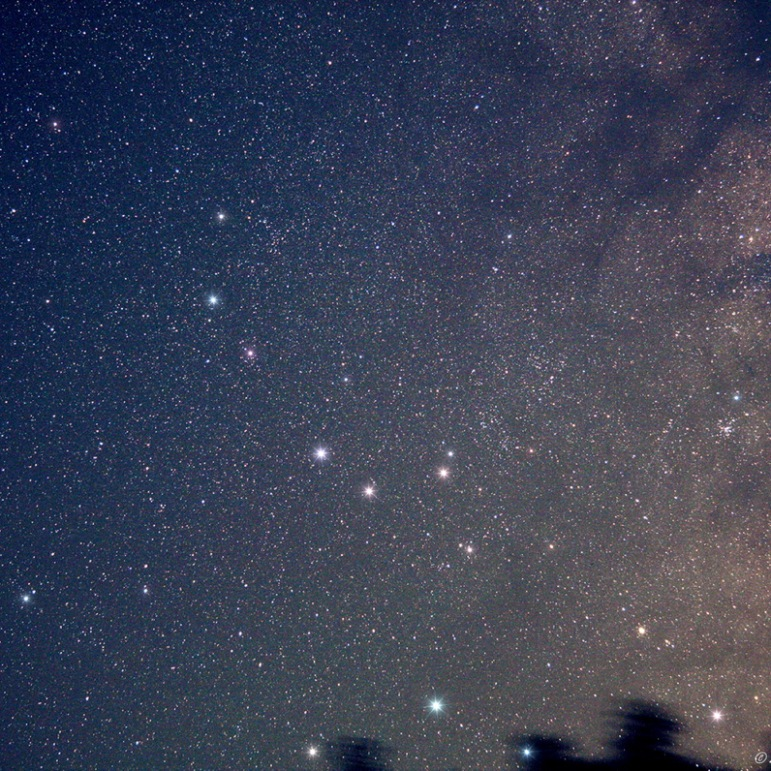 The Sagittarius Spoon on 06-29-2014 at Dexter, Iowa Canon 40D DSLR & 50mm Lens, cropped, F4, ISO 1600, 4 minute second exposure